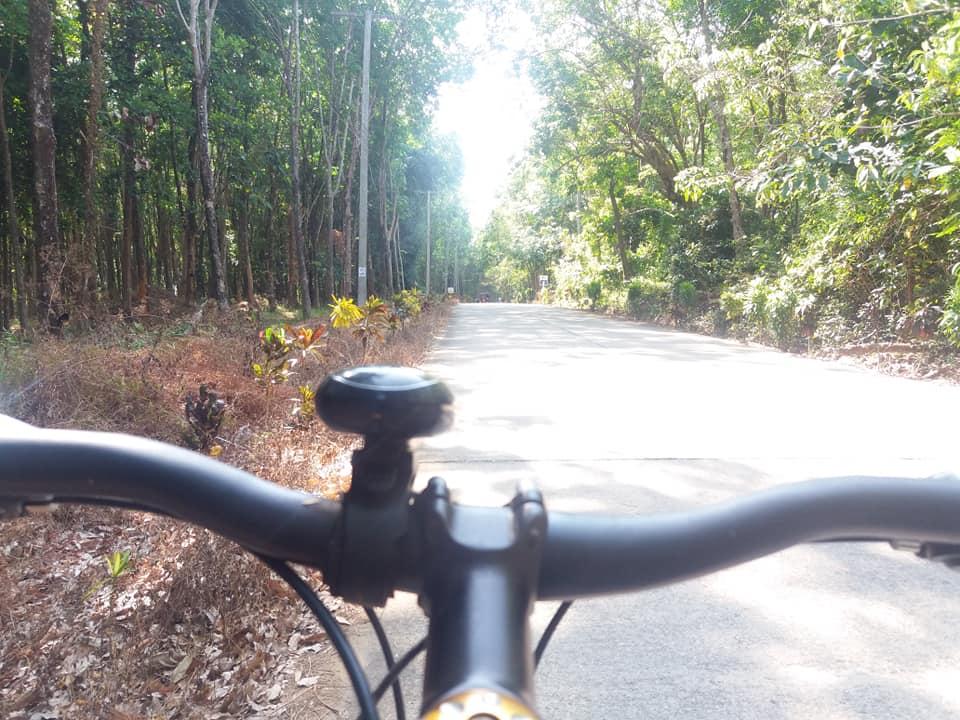 Велоспорт - отличный способ исследовать Ко Джум и Ко Пух.